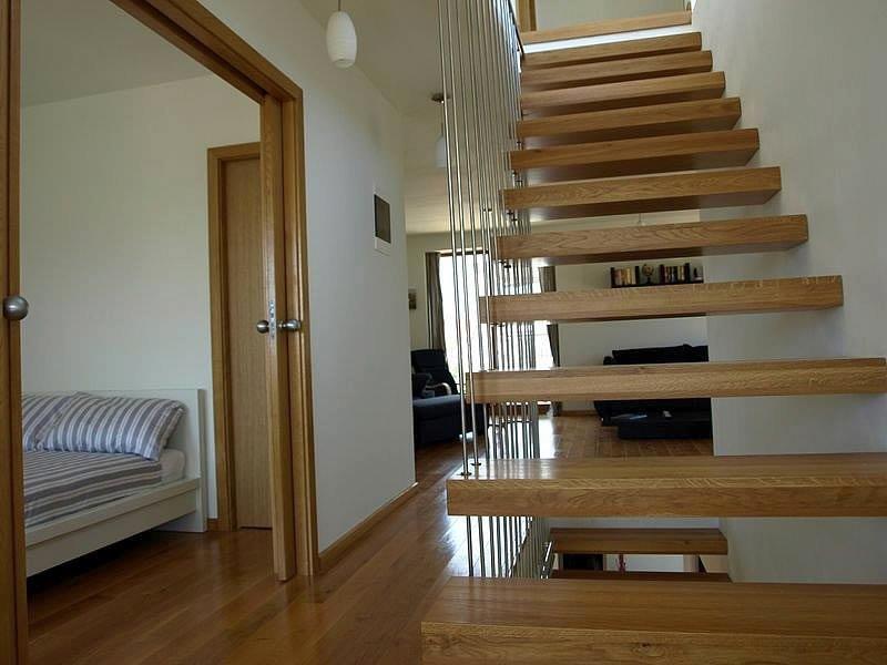 ... Hier Sieht Man Die Innentreppe Der Villa In Kroatien, Die Zu Verkaufen  Ist ...