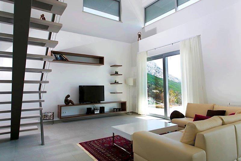High Quality ... Hier Die Innentreppe, Welche Die Stockwerke Der Villa Mit Meerblick In  Kroatien Miteinander Verbindet ...