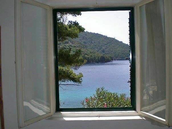 Blick aus dem fenster meer  Insel Lastovo, Süd-Dalmatien: Haus am Meer
