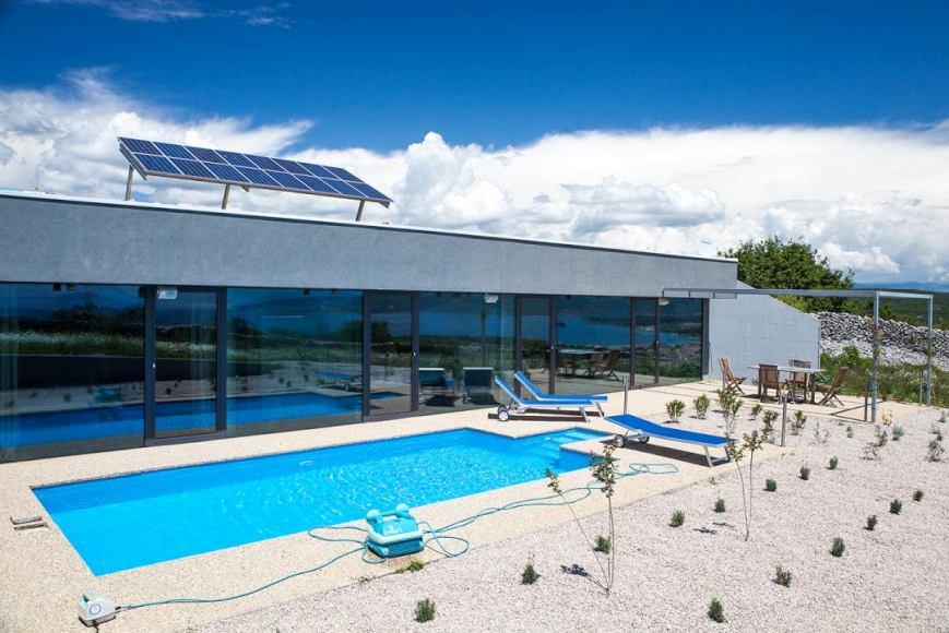 insel krk kvarner bucht moderne villa mit pool. Black Bedroom Furniture Sets. Home Design Ideas