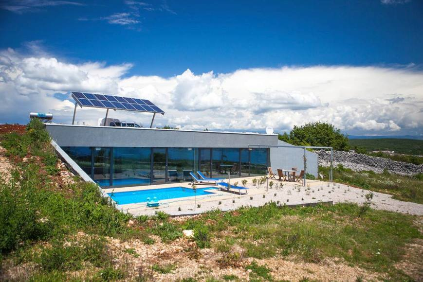 Villa Mit Swimmingpool In Moderner Architektur Kroatien Kaufen
