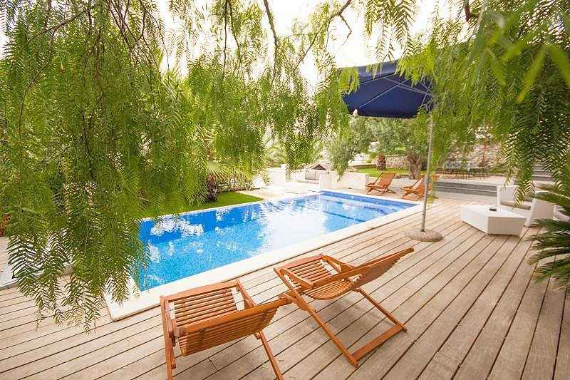 Luxusvilla am meer mit pool  Region Trogir, Dalmatien: Luxusvilla am Meer mit Pool