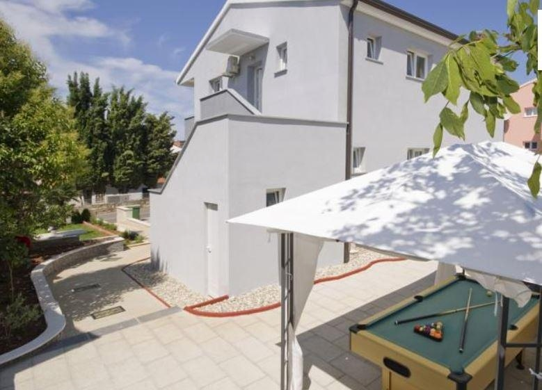 Istrien Rovinj Haus mit 4 Appartements und Pool