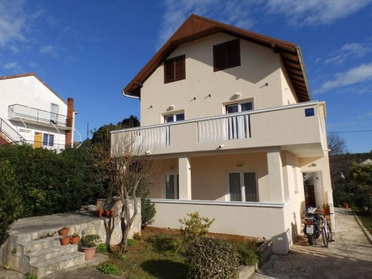Dalmatien Starigrad Haus am Meer Bootsliegeplatz