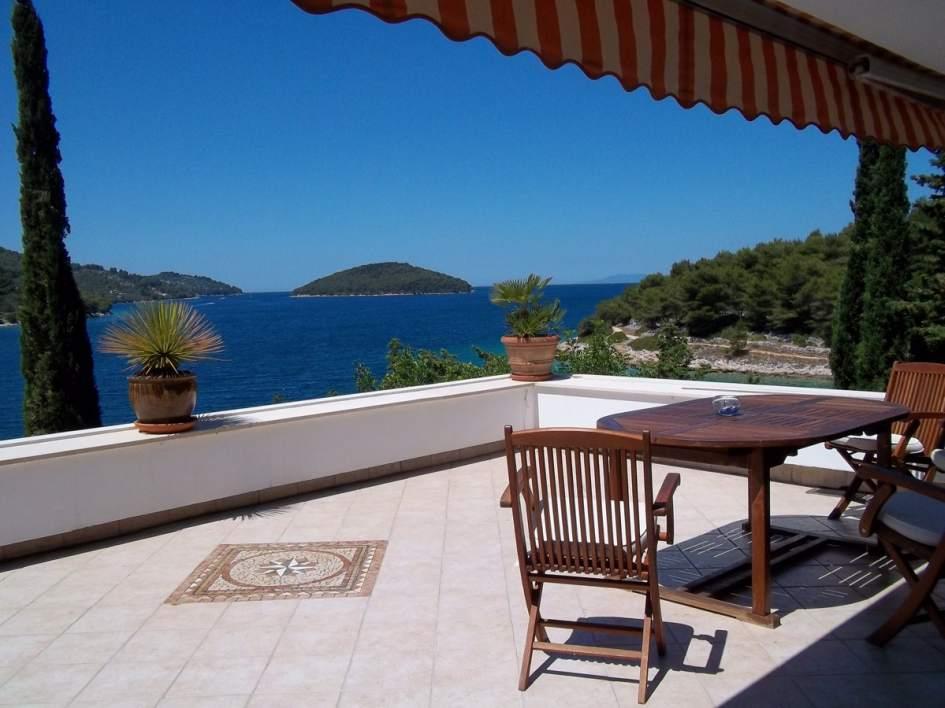 Insel Korcula, Dalmatien: Haus In Der 1. Reihe Am Meer