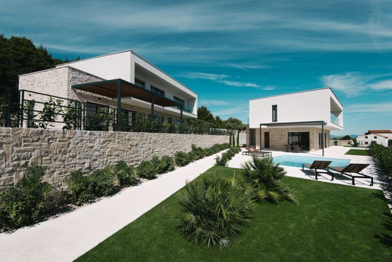 Region vodice dalmatien moderne neubau villen for Moderne villen