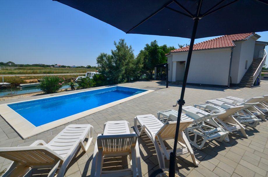 Region Nin Dalmatien Haus am Fluss mit Swimmingpool