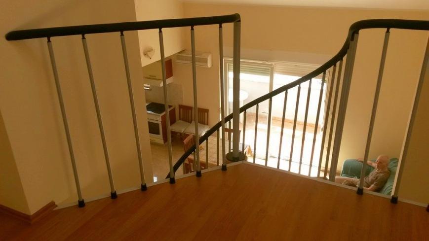 novigrad ferienwohnung mit balkon und meerblick in istrien. Black Bedroom Furniture Sets. Home Design Ideas