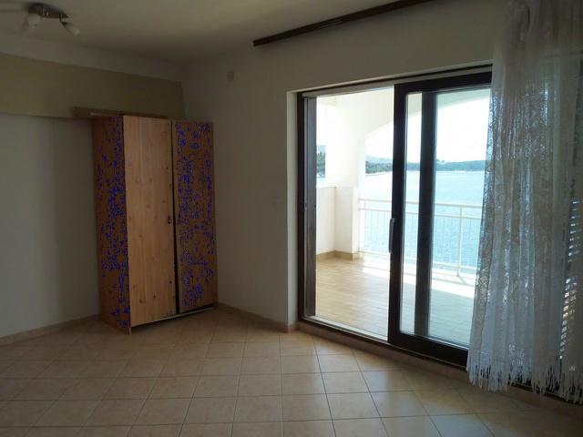 primosten dalmatien apartment zur renovierung. Black Bedroom Furniture Sets. Home Design Ideas