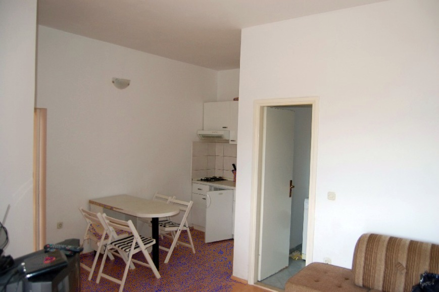 makarska region g nstige wohnung im erdgeschoss. Black Bedroom Furniture Sets. Home Design Ideas