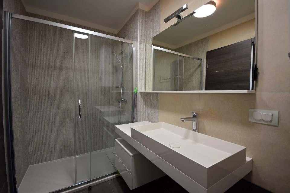 insel krk neue luxus wohnung mit sch nem meerblick. Black Bedroom Furniture Sets. Home Design Ideas